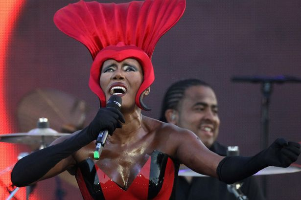 Grace+Jones+performs+on+stage+during+the+Diamond+Jubilee+concert+at+Buckingham+Palace