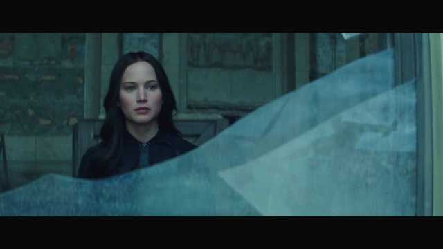 "The Hunger Games Mockingjay Part 2 Official Trailer – ""We March Together"" ([Full HD]).mp4_20150725_221226.253"