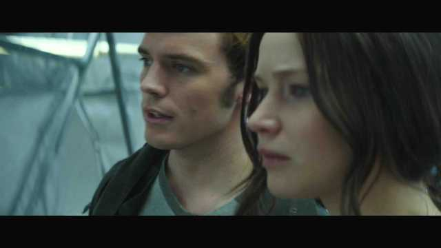 "The Hunger Games Mockingjay Part 2 Official Trailer – ""We March Together"" ([Full HD]).mp4_20150725_221327.445"