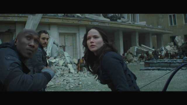 "The Hunger Games Mockingjay Part 2 Official Trailer – ""We March Together"" ([Full HD]).mp4_20150725_221440.426"