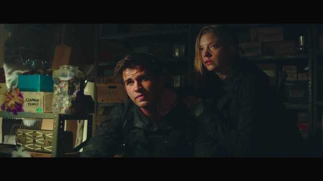 "The Hunger Games Mockingjay Part 2 Official Trailer – ""We March Together"" ([Full HD]).mp4_20150725_221447.943"